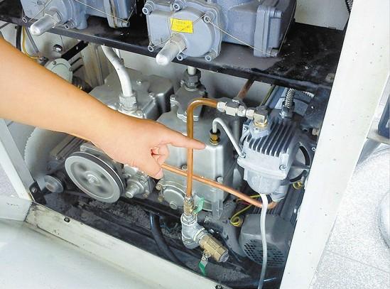 加油机中二级油气回收装置